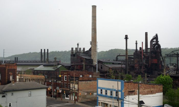 The steel plant in Mingo Junction, Ohio, on May 5, 2009. (Rick Gershon/Getty Images)