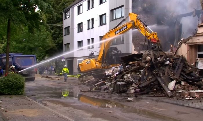 25 injured in Germany house explosion on June 23, 2018. (Reuters/Screenshot)