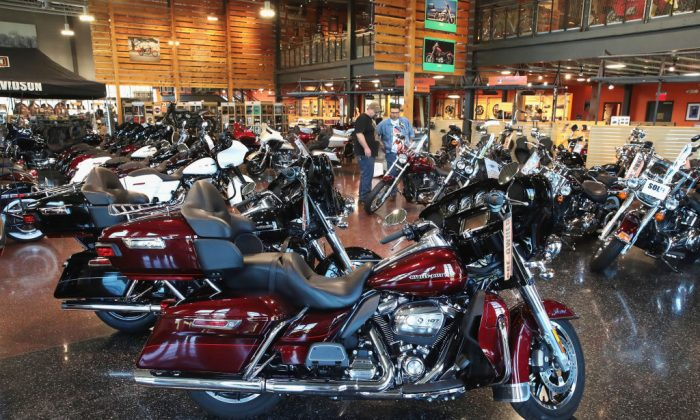 Harley-Davidson motorcycles are offered for sale at the Uke's Harley-Davidson dealership on June 1, 2018 in Kenosha, Wisconsin. (Scott Olson/Getty Images)
