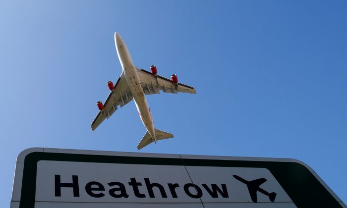 An aircraft takes off from Heathrow airport in west London Sept. 2, 2014. (Andrew Winning/Reuters/File Photo)