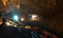 4 Boys Rescued From Thai Cave
