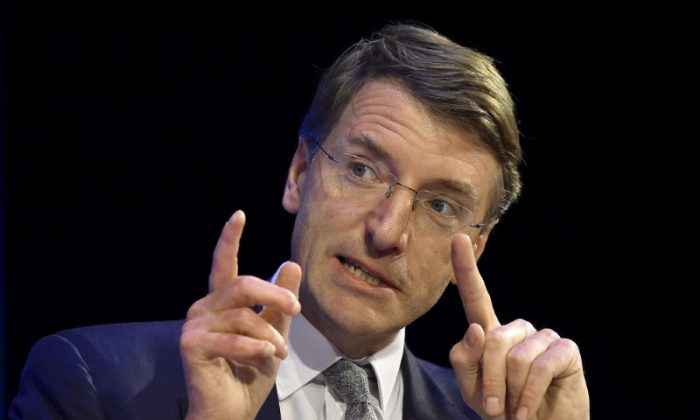 Charlie Mayfield, Chairman of John Lewis Partnership, speaks at the Institute of Directors convention in London, Britain, October 6, 2015.  (Reuters/Toby Melville/File Photo)
