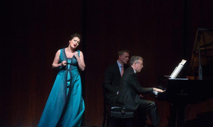 Anna Netrebko in recital. (Marty Sohl/The Metropolitan Opera)