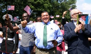 America's Newest Citizens Celebrate Fourth of July at George Washington's Home