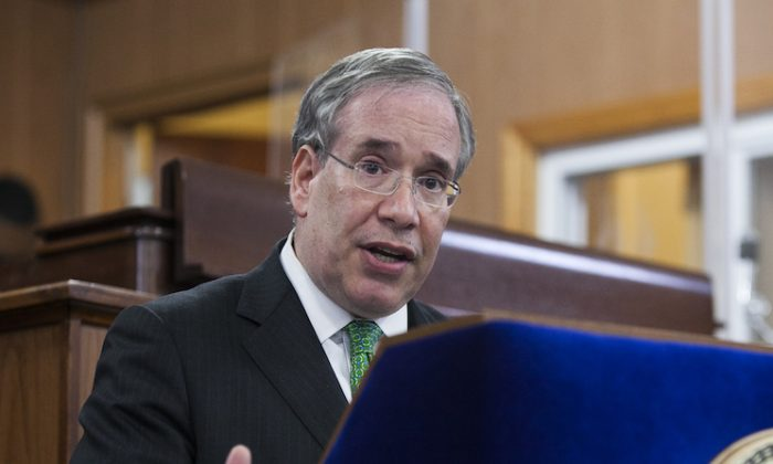Comptroller Scott Stringer on May 20, 2014 in New York City. (Samira Bouaou/ The Epoch Times)