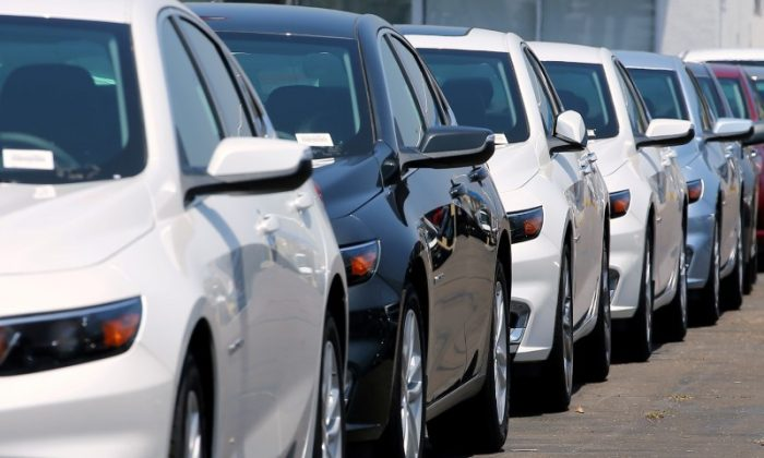 New cars are displayed for sale at a Chevrolet dealership in National City, California, on June 30, 2017.  (REUTERS/Mike Blake/File Photo)