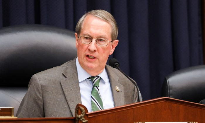 Rep. Bob Goodlatte (R-Va.), Chair of the House Committee on the Judiciary, at a joint hearing with FBI Deputy Assistant Director Peter Strzok in Washington on July 12, 2018. (Samira Bouaou/The Epoch Times)