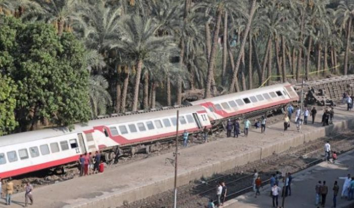 At least 55 people were injured July 13, 2018, when a passenger train derailed near Egypt's capital Cairo, an assistant to the health minister said. (Mohamed Abd El Ghany/Reuters)