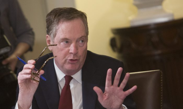 U.S. Trade Representative Robert Lighthizer speaks during a meeting on trade held by U.S. President Donald Trump with governors and members of Congress at the White House on April 12, 2018 in Washington. (Chris Kleponis—Pool/Getty Images)