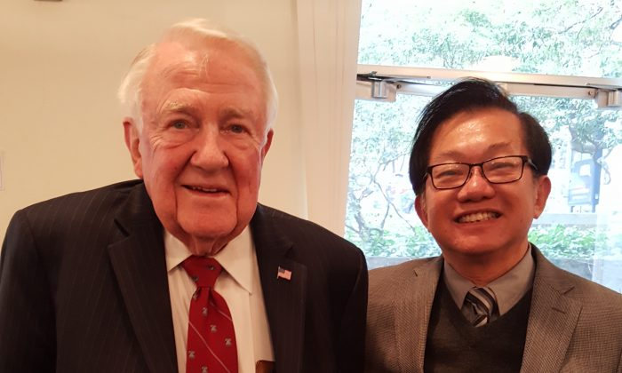 Former U.S. Attorney General Edwin Meese (L) and Chairman of the Bay Area Advisory Board of Pacific Justice Institute Frank Lee. (Courtesy of Pacific Justice Institute)