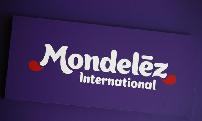 The logo of Mondelez International is pictured at the company's building in Zurich November 14, 2012.  (Reuters/Michael Buholzer)