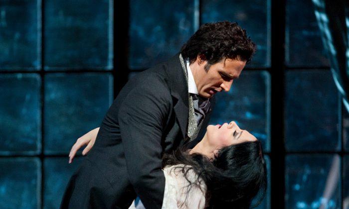 "James Valenti as Alfredo and Angela Gheorghiu as Violetta in Giuseppe Verdi's ""La Traviata."" Why do so many sopranos die in opera? (Marty Sohl/ The Metropolitan Opera)"