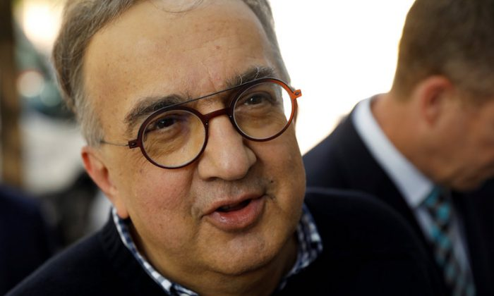 Chairman & CEO of Fiat Chrysler Sergio Marchionne speaks before attending a White House roundtable with senior executives from U.S. and foreign automakers and U.S. President Donald Trump in Washington, on May 11, 2018. (REUTERS/Kevin Lamarque/File photo)