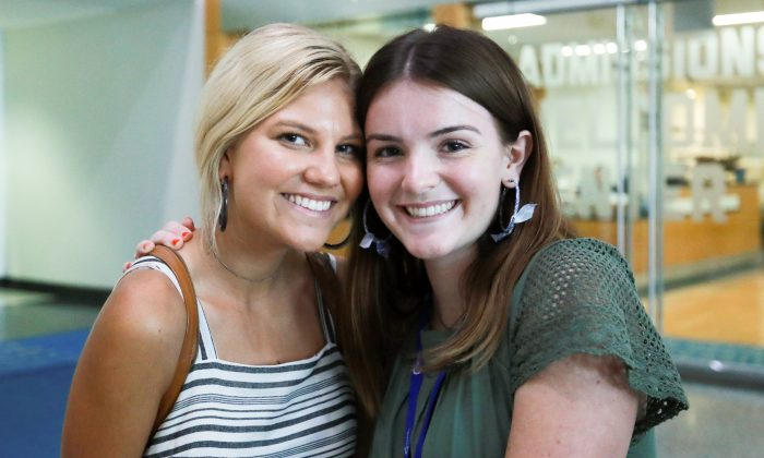 Lexi Hamel (L) and Heather Condie, both 18, attend the High School Leadership Summit, a Turning Point USA event, at George Washington University in Washington on July 26, 2018. (Charlotte Cuthbertson/The Epoch Times)