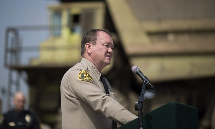 Los Angeles County Sheriff Jim McDonnell speaks on July 6, 2015 in Rancho Cucamonga, California. (Photo by David McNew/Getty Images)