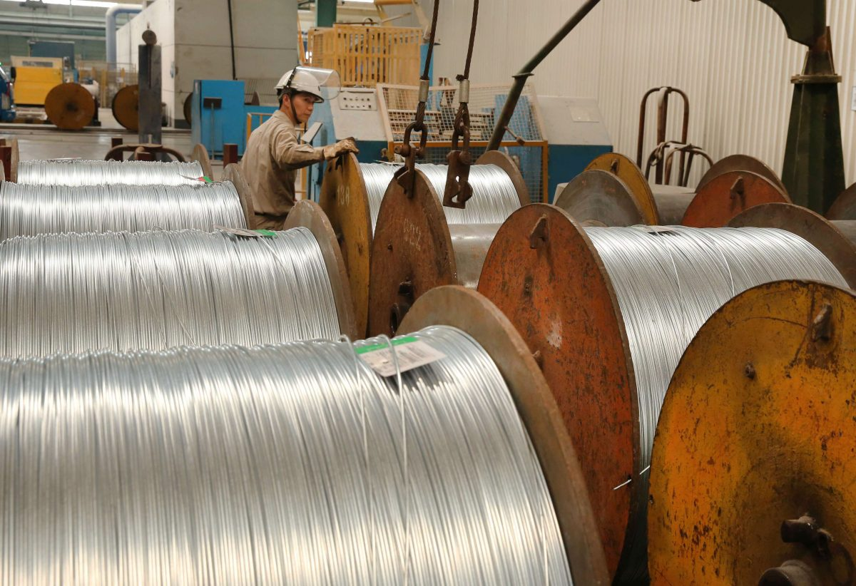 A worker handles steel cables at a steel factory in Nantong in eastern China's Jiangsu Province on July 3, 2018. The trade war between the United States and China began with the imposition of tariffs on Chinese steel and aluminum. (-/AFP/Getty Images)