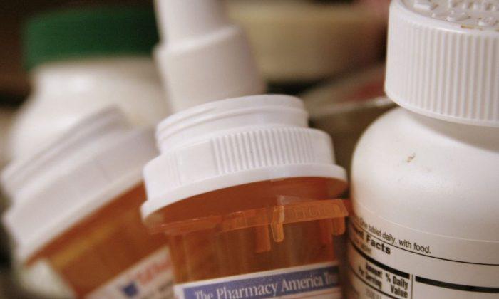 Antidepressant medication, October 18, 2005. (David K/Flickr[CC BY-SA 2.0(https://creativecommons.org/licenses/by-sa/2.0/)])