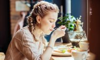 Blood Sugar and Mood: the Fine Art of Balancing With Food