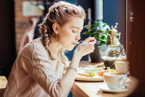 Eating the right amount of the right foods at the right time might seem tricky, but once you learn, it can go a long way towards keeping you healthy and happy. (Shutterstock)