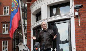 Senate Intelligence Committee Calls on Wikileaks Founder to Testify