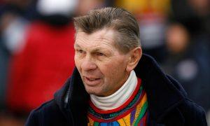 Hockey Legend Stan Mikita Dies at Age 78