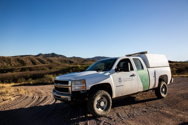 A Border Patrol agent patrols the U.S.–Mexico border near Nogales, Ariz., on May 23, 2018. (Charlotte Cuthbertson/The Epoch Times)