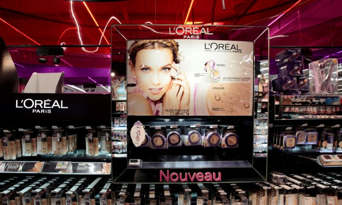 A cosmetic display of French cosmetics group L'Oreal is seen at a Carrefour hypermarket in Nice, France, April 6, 2016 (REUTERS/Eric Gaillard).