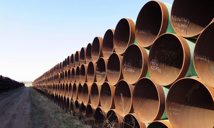 Pipes destined for the Keystone XL pipeline are stacked in Gascoyne, North Dakota, on April 22, 2015. (The Canadian Press/Alex Panetta)