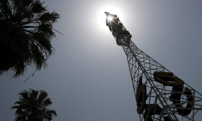 The tower of Tribune Broadcasting Los Angeles affiliate KTLA 5 is seen in Hollywood, Los Angeles, Calif., on July 17, 2018. (Reuters/Lucy Nicholson)
