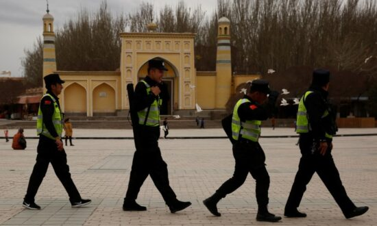People Leaving Xinjiang City Forced Into Quarantine, Fed Unknown Drugs
