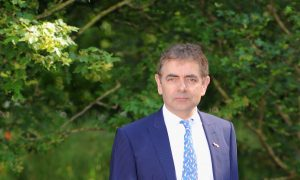 Cancel Culture Equivalent to Medieval Mob 'Looking for Someone to Burn': Rowan Atkinson