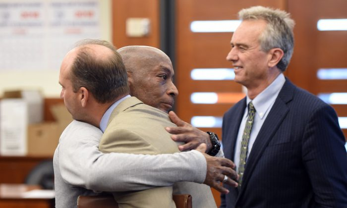 Plaintiff DeWayne Johnson reacts after hearing the verdict to his case against Monsanto at the Superior Court Of California in San Francisco, California on Aug. 10, 2018. (JOSH EDELSON/AFP/Getty Images)
