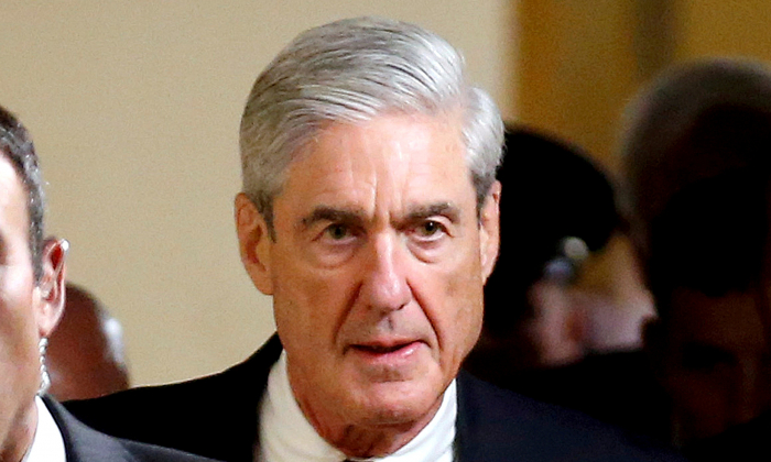 Special Counsel Robert Mueller departs after briefing members of the U.S. Senate on his investigation into potential collusion between Russia and the Trump campaign on Capitol Hill in Washington, DC, on June 21, 2017.   (Reuters/Joshua Roberts)