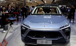 Tesla's Chinese Rival Nio Suspends Production on Chip Shortage