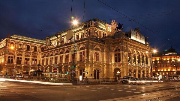 The Vienna Opera house at night