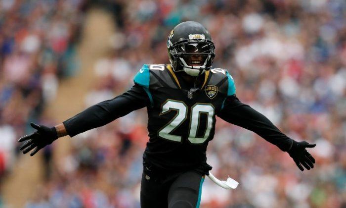 Jalen Ramsey of Jacksonville Jaguars celebrates. (Reuters/Andrew Boyers)