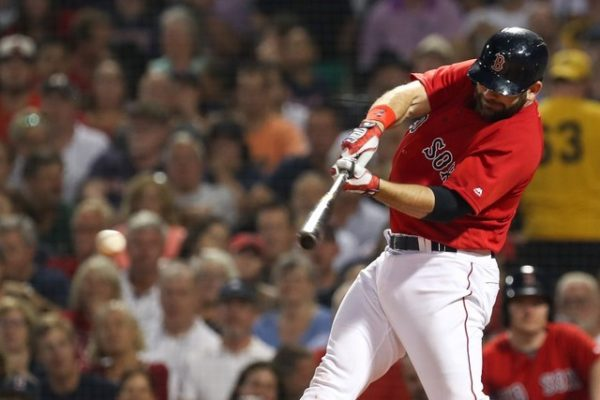 Boston Red Sox first baseman Mitch Moreland hits an RBI single to put the Boston Red Sox in the lead against the Tampa Bay Rays.