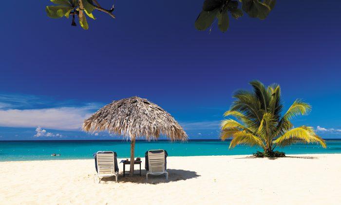 The white sand beach at the Jamaica Inn in Ocho Rios. (Jamaica Inn)