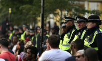 London Deploys Knife Detection Arches at Notting Hill Carnival to Deter Weapons