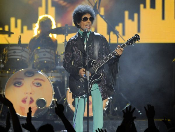 Prince performs in Las Vegas