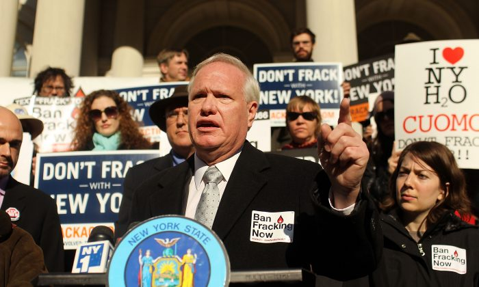 New York Senator Tony Avella speaks at a news conference and rally against hydraulic fracturing, also known as fracking, in New York State on January 11, 2012 in New York City. (Spencer Platt/Getty Images)