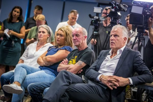 (R-L) Dutch crime reporter Peter R de Vries, father Peter Verstappen, sister Femke and mother Berthie Verstappen sit next to each other during a press conference in Maastricht, on Aug. 22, 2018.
