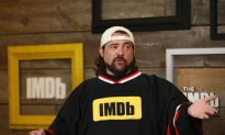 Director Kevin Smith Shows Off Huge Weight Loss