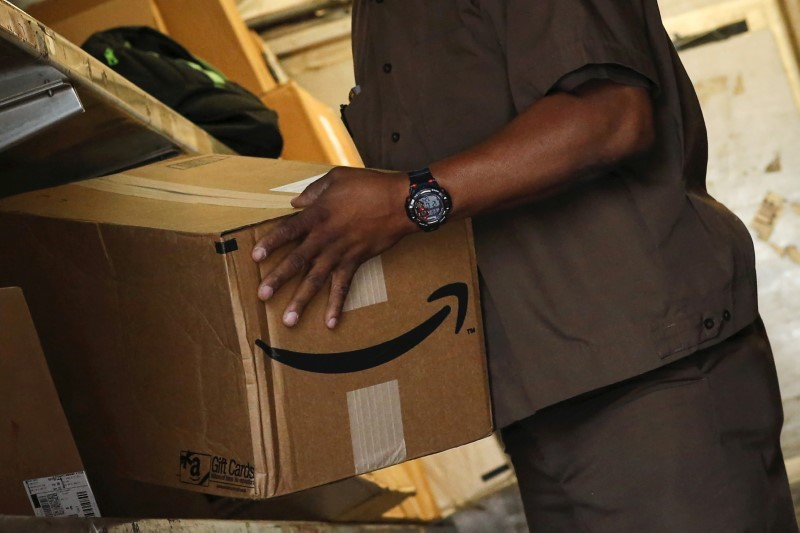 Amazon, Trade Optimism Power Wall Street Rally for Third Day