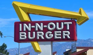 Top Florida Official Pleads With In-N-Out to Move After Vaccine Mandate Closures