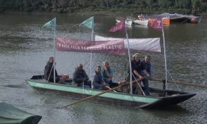 Recycled Plastic Boat Tackles Plastic Pollution in Thames River