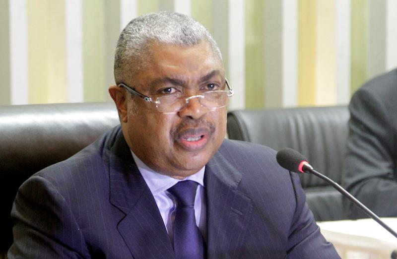 Samy Badibanga at a news conference