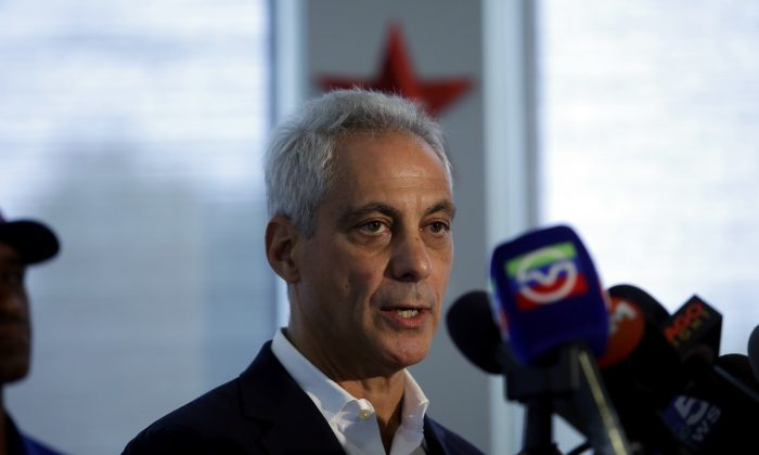 Chicago Mayor Rahm Emanuel speaks about Chicago's weekend of gun violence during a news conference at the Chicago Police Department 6th District station in Chicago, Illinois on Aug. 6, 2018. (Joshua Lott/Getty Images)