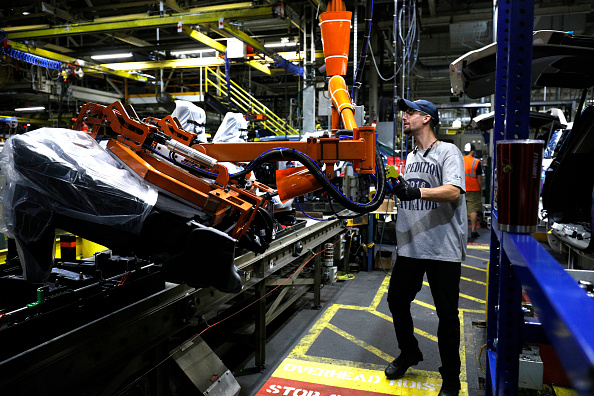 A 2018 Ford Expedition SUV goes through the assembly line at a truck plant in Louisville, Ky., on Oct. 27, 2017. (Bill Pugliano/Getty Images)