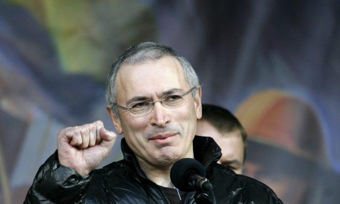 Mikhail Khodorkovsky at Maidan in Kyiv, Ukraine, on March 9, 2014. (ВО Свобода, via Wikimedia Commons)